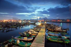 This image has an empty alt attribute; its file name is 18_pix_t_tainan_harbor01.jpg
